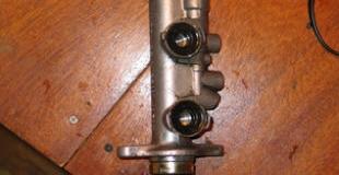 Производим ремонт главного тормозного цилиндра собственными силами