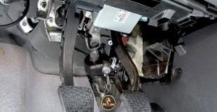 Блокиратор рулевого вала — надежная защита автомобиля?