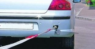 Любишь кататься – знай, как организовать буксировку автомобиля с АКПП и механикой