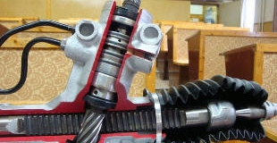 Переборка рулевой рейки — в каких случаях проводится и технология ремонта