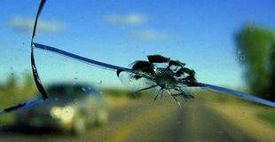 Ремонт трещин стекла автомобиля своими руками