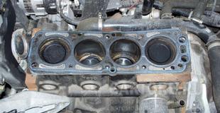 Устройство блока цилиндров двигателя — коротко и понятно