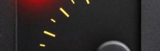 Сколько еще ехать если загорелась лампочка уровня топлива