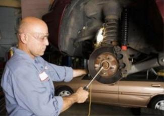 Обслуживание тормозной системы авто