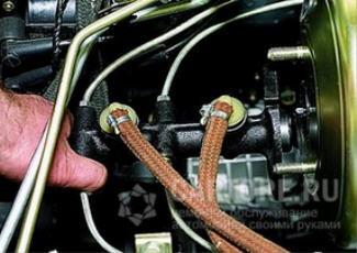 Фотография процесса откачки воздуха
