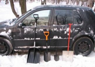 Какие бывают лопаты для автомобиля