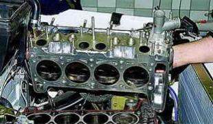Снятие и установка головки блока цилиндров двигателя автомобиля