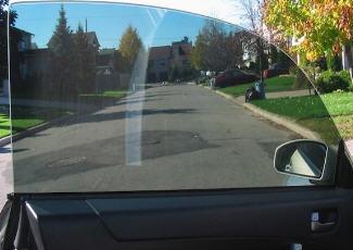 Фотография тонированного стекла автомобиля, avto-sila.com