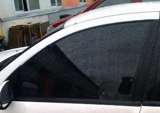 Фото — тонированный автомобиль