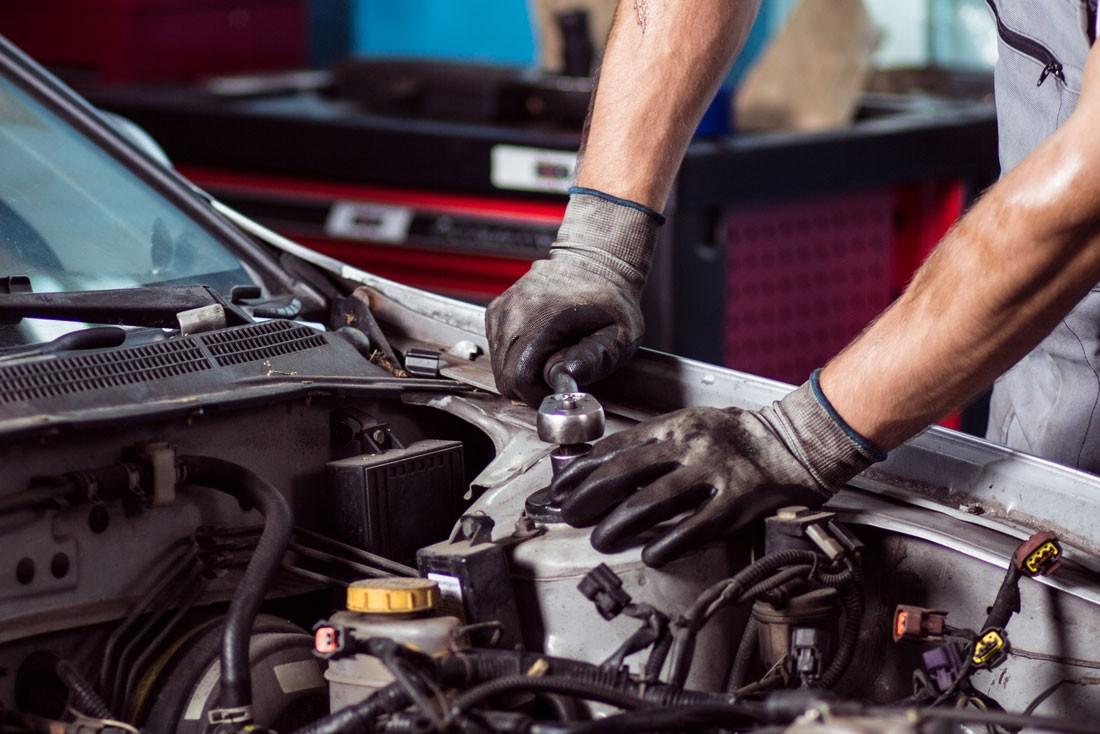 ремонт и обслуживании автомобилей