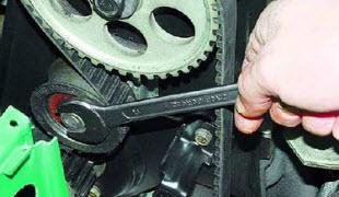 Ремень генератора автомобиля