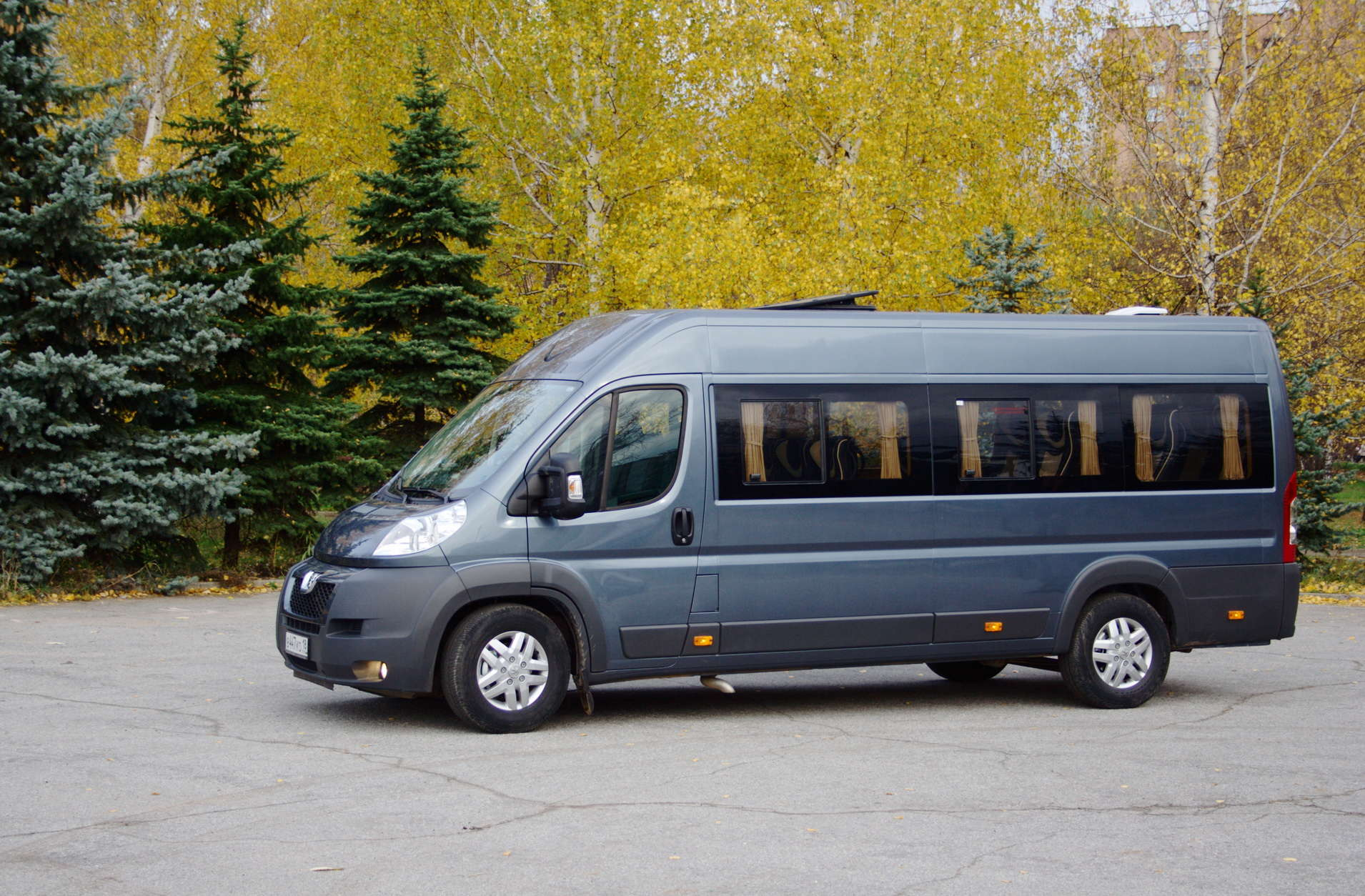 Пассажирский микроавтобус